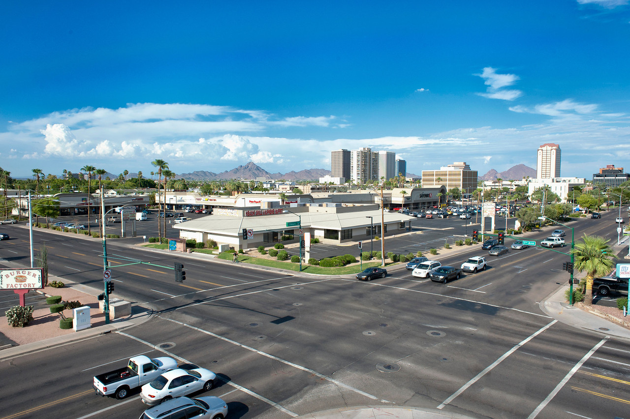 LAAP Elevated Mast Photograph Commercial Property at 7Th Ave & Osborn, Phoenix AZ