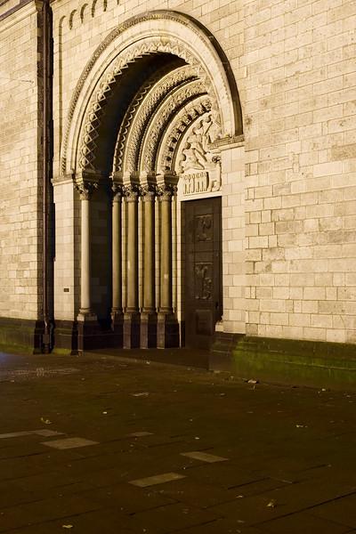 The portal of St. Heribert coming from the Deutzer Brücke.
