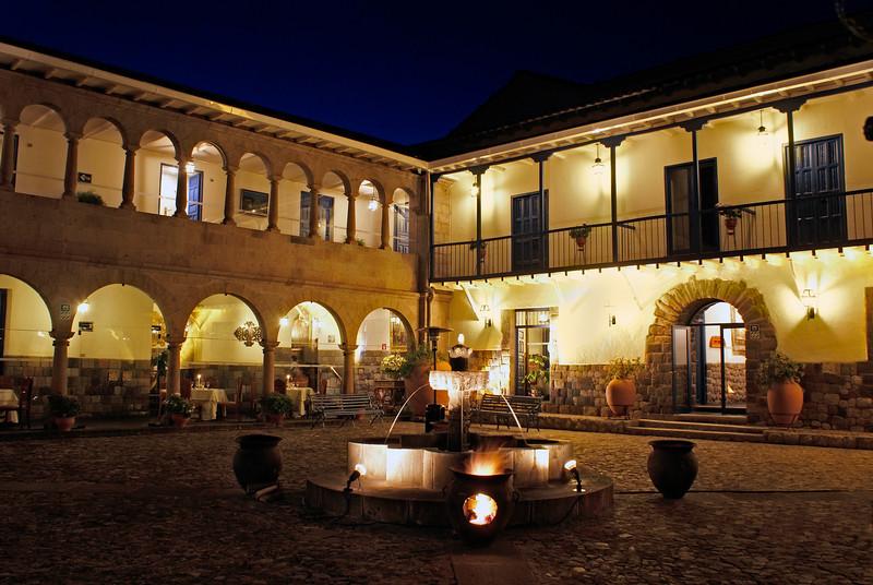 Hotel Monasterio Night