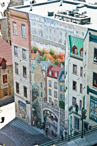 Alternate view - A different kind of Facade Story....a painted one!, Quebec City
