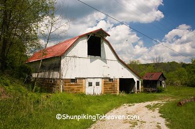 Gambrel-Roof Barn, Hocking County, Ohio