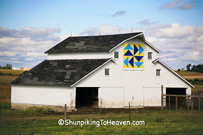 Kuhlman Quilt Barn, Grundy County, Iowa