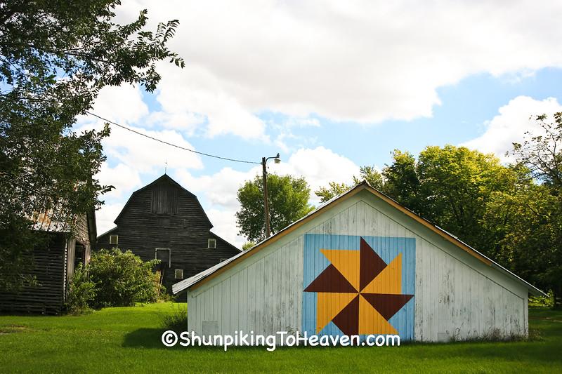 Nason Quilt Hoghouse, Grundy County, Iowa