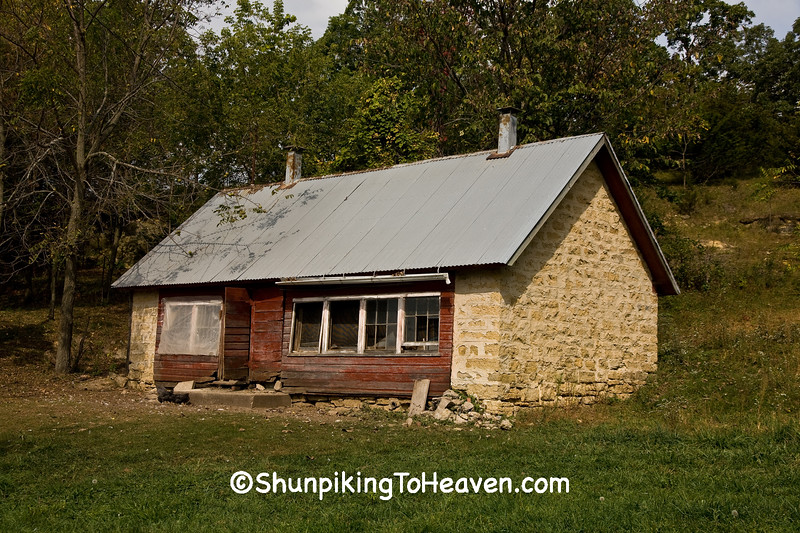 Stone Chicken House, Allamakee County, Iowa