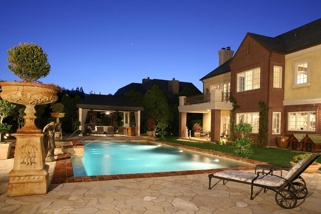 Lake Sherwood Home