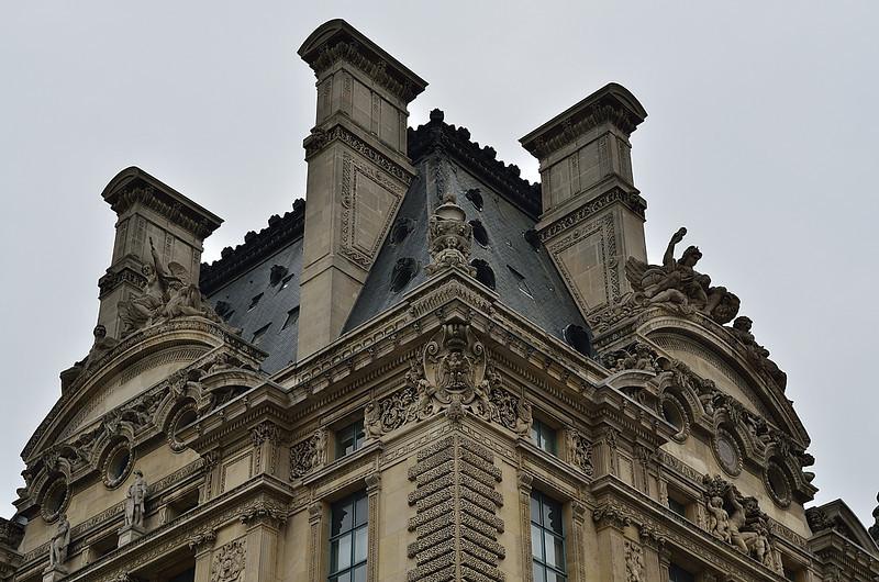 Louvre - detail