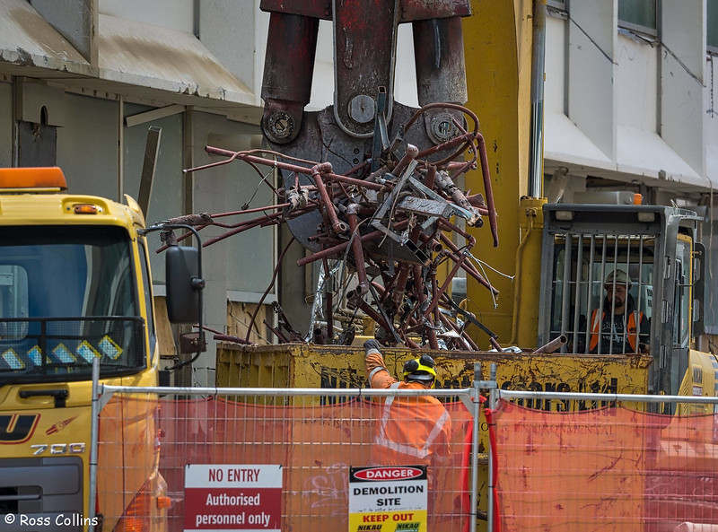 Demolition of Freyberg House, Wellington, 21 November 2017