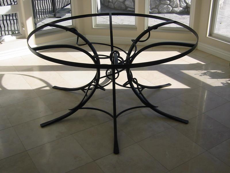 Table base - Monrovia, CA