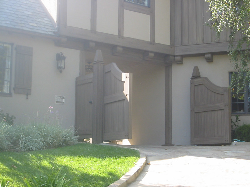 Completed drive and entry gate - Muerer residence, La Canada, CA