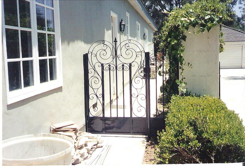 South gate - Alamdari residence, La Canada, CA