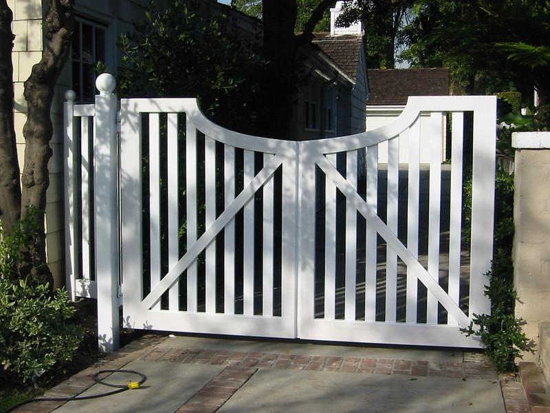 Drive gate - Wright residence, Pasadena, CA