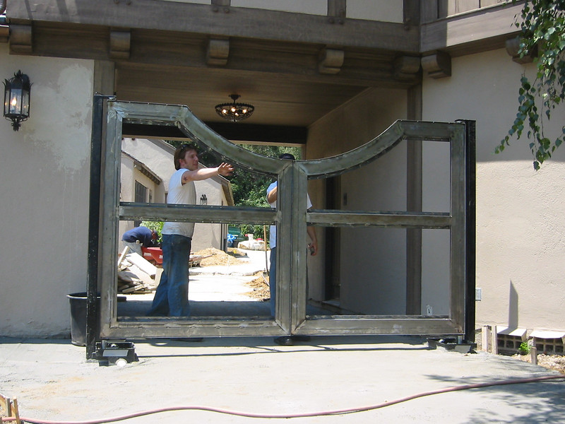 Sub frame of drive gate - Muerer residence, La Canada, CA