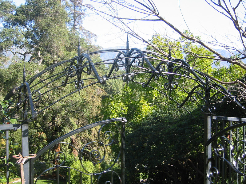 South garden gate trellis detail - Muerer residence, La Canada, CA