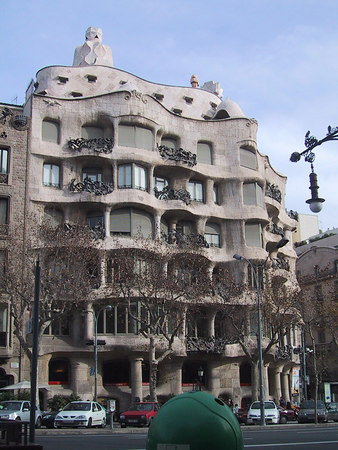 Casa Mila side view portrait