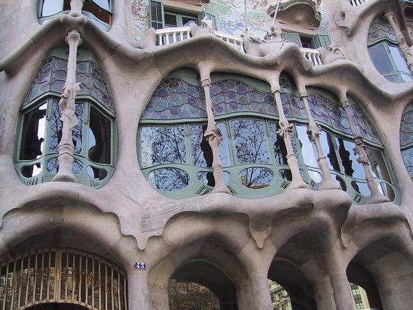 Casa Mila large window detail
