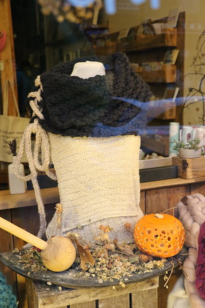 Autumn Window at Glosters 24 October 2016