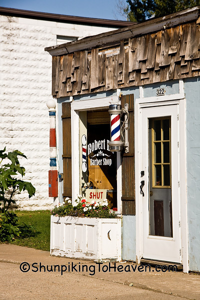 Robert E's Barber Shop, Gays Mills, Crawford County, Wisconsin
