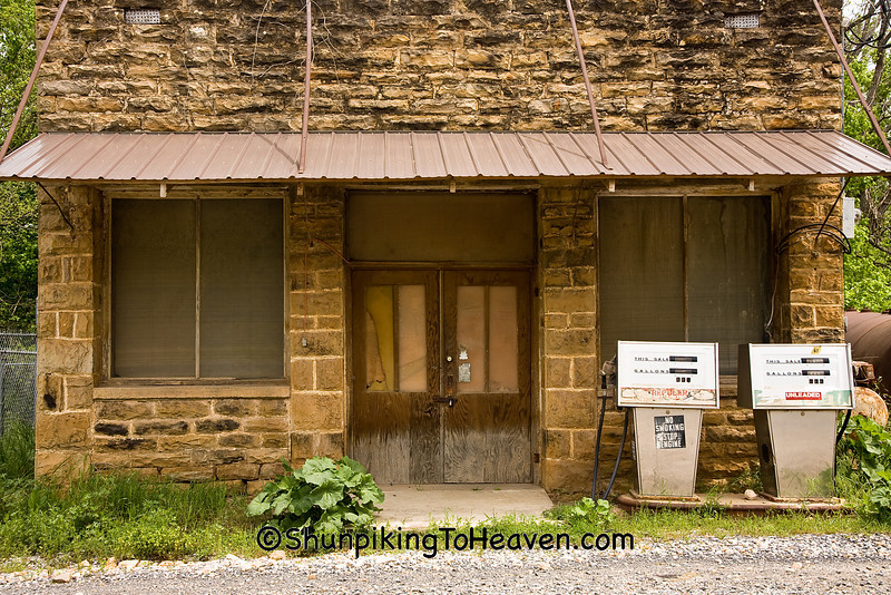 Old Gas Station, Searcy County, Arkansas