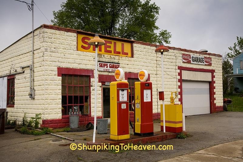 Skip's Garage, Brown County, Ohio