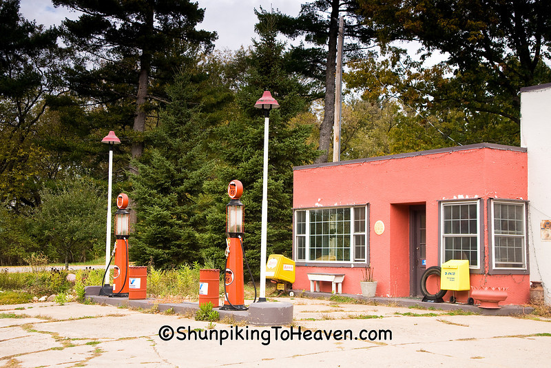Old Filling Station, Portage County, Wisconsin