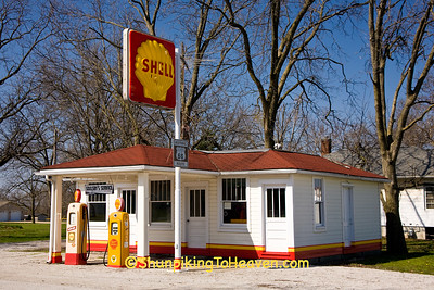 Soulsby's Service Station on Historic Route 66, Mount Olive, Illinois