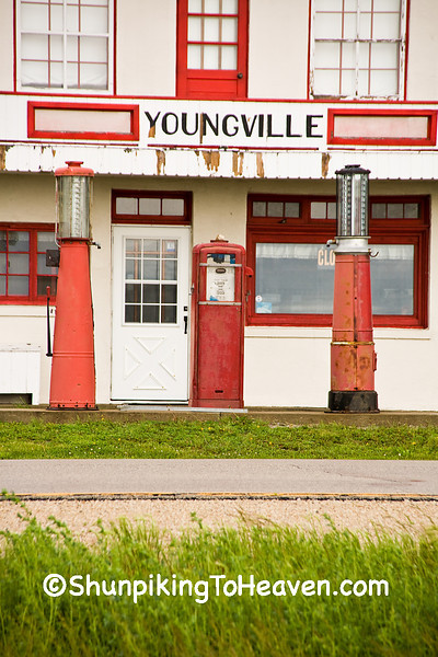 Youngville Cafe Welcome Center & Museum, Benton County, Iowa