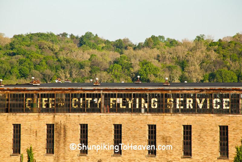 Queen City Flying Service Building, Cincinnati, Ohio