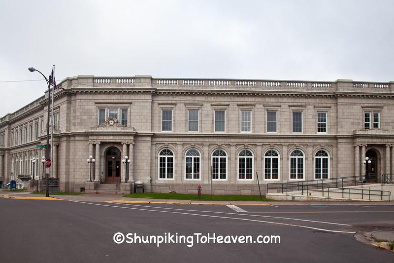 Memorial Building, Ironwood, Michigan