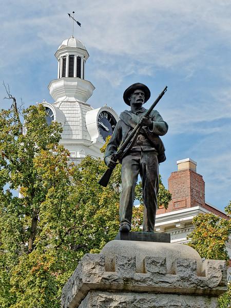 Woodbury Tennessee Statue