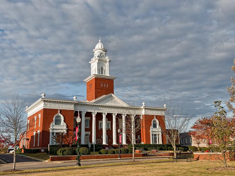 Opelika Alabama Lee County Courthouse