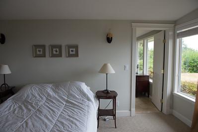 Master bedroom /door into master bath