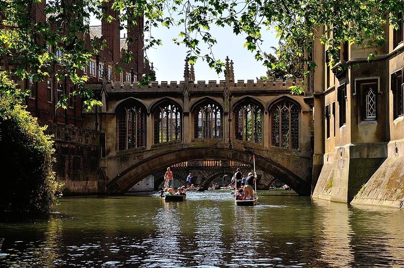Bridge of Sighs in May, Cambridge