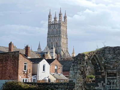 Gloucester Cathedral view from Gouda Way. In the foreeground the ruins of the Priory