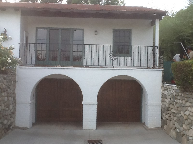 Second story safety rail - Tarazone residence, Pasadena, CA