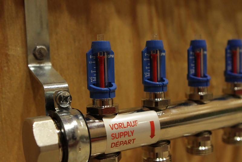 Manifold detail showing flow meter.