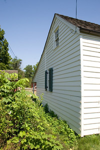 Woodville Plantation: exterior: kitchen garden