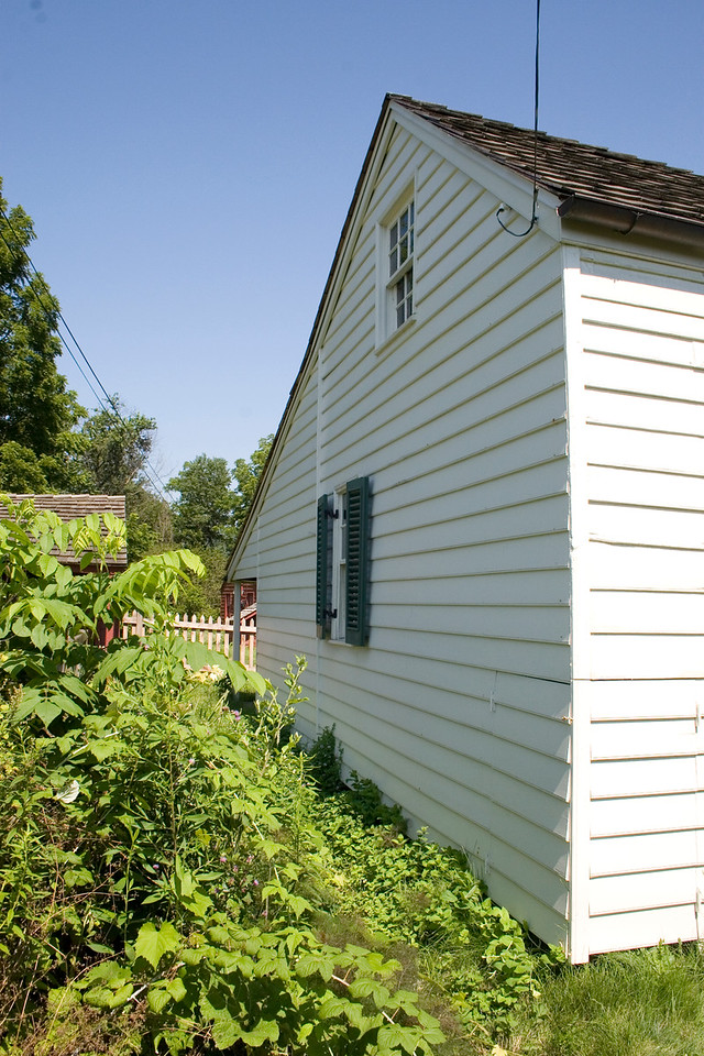 Woodville Plantation: exterior: kitchen garden