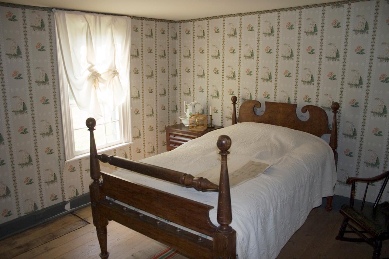 Woodville Plantation: interior: left bedroom