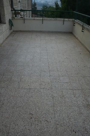 Balcony tiles replacement