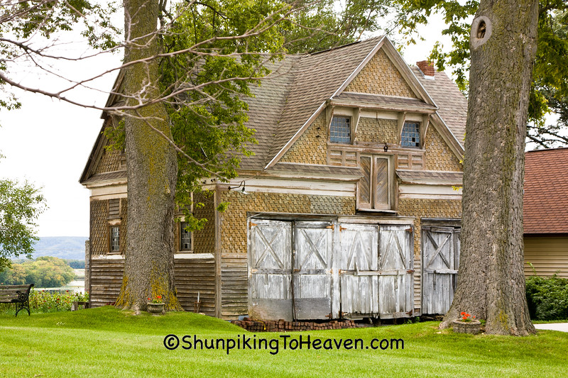 Carriage House, La Crosse County, Wisconsin