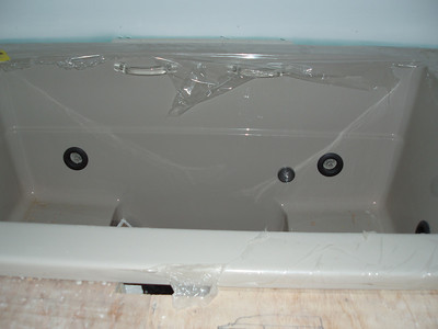 Spa tub with jets!