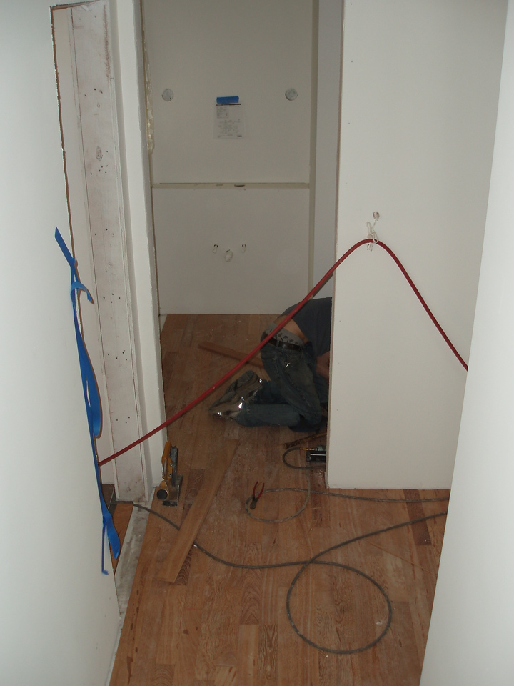 flooring into the hall and powder rood