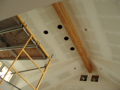 kitchen/dining ceiling in the prep