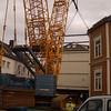Diger kran, relativt digert hus (det veide ca 129 tonn, 50 tonn mer enn beregnet).