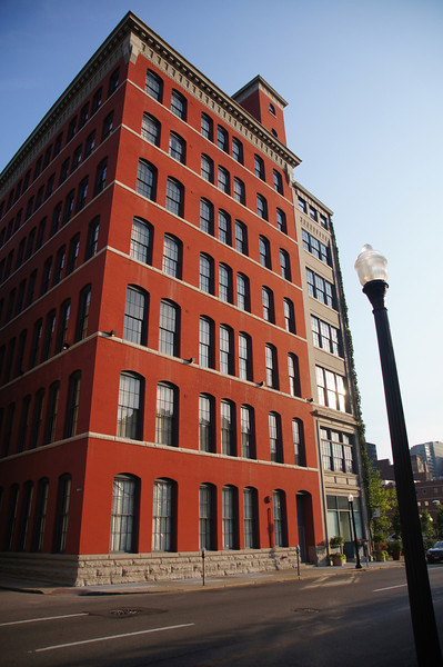 Learn about composition, lighting and approaches to producing compelling photographs while touring areas like Downtown Cincinnati, Over-The-Rhine, The West End, the Village of New Richmond and Covington, Bellevue and Newport in Northern Kentucky.