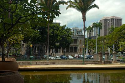 Iolani Palace, w Capitol pond cs5