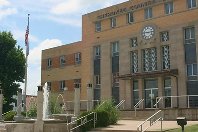 Cherokee Co. Courthouse - Columbus, Kansas