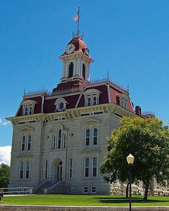 Chase Co. Courthouse - Cottonwood Falls, Kansas