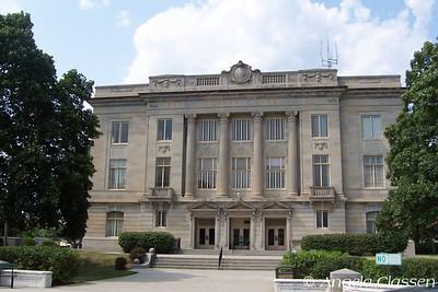 Brown Co. Courthouse - Hiawatha, Kansas