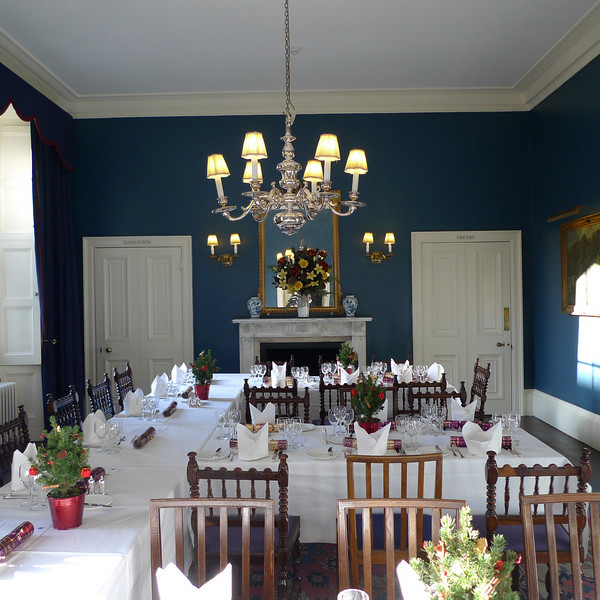 "King's College Saltmarsh dining room at Christmas<br /> <br /> <br />  <a href=""http://www.kings.cam.ac.uk/venue/dining-rooms.html"">http://www.kings.cam.ac.uk/venue/dining-rooms.html</a>"